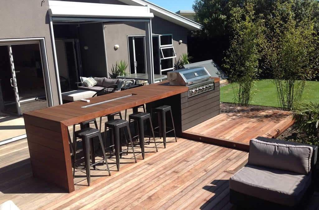 Matching Deck and BBQ Table – Kwila Decking 90×19